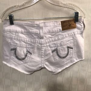 True Religion White Short Shorts Size 26